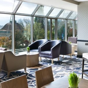 Luxury Canada Holiday Packages Sheraton On The Falls Lounge
