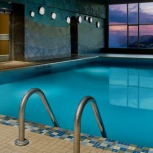 Luxury Canada Holiday Packages Sheraton On The Falls Pool