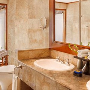 Luxury Bali Holiday Packages The Oberoi Bali Luxury Lanai Partial Ocean View Room Bathroom