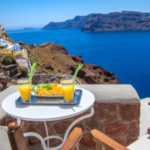 Luxury Greece Holiday Packages Oia Mare Villas Cave Superior Studio With Hot Tub 6