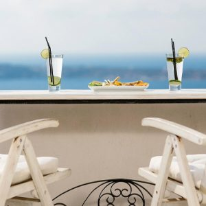 Luxury Greece Holiday Packages Oia Mare Villas Drinks