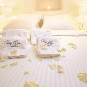 Luxury Greece Holiday Packages Oia Mare Villas Honeymoon Cave Suite 3