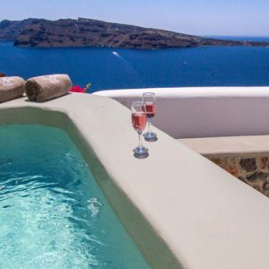 Luxury Greece Holiday Packages Oia Mare Villas Honeymoon Cave Suite With Hot Tub 1