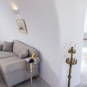 Luxury Greece Holiday Packages Oia Mare Villas Honeymoon Cave Suite With Hot Tub 2