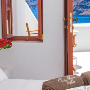 Luxury Greece Holiday Packages Oia Mare Villas Honeymoon Cave Suite With Hot Tub 3
