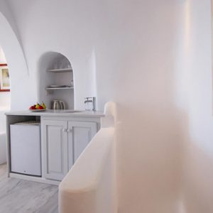 Luxury Greece Holiday Packages Oia Mare Villas Honeymoon Cave Suite With Hot Tub 4