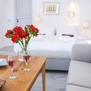 Luxury Greece Holiday Packages Oia Mare Villas Honeymoon Cave Suite With Hot Tub 5