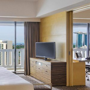 Luxury Singapore Holiday Packages PARKROYAL On Marina Bay Marina Bay Suite Bedroom