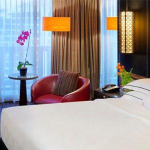 Luxury Singapore Holiday Packages PARKROYAL On Marina Bay Meritus Club Room Bedroom