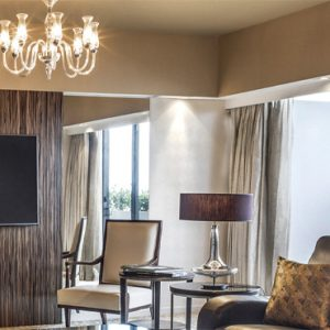 Luxury Singapore Holiday Packages PARKROYAL On Marina Bay PARKROYAL COLLECTION Suite Living Room