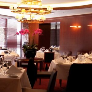 Luxury Singapore Holiday Packages PARKROYAL On Marina Bay Ruths Chris Steakhouse