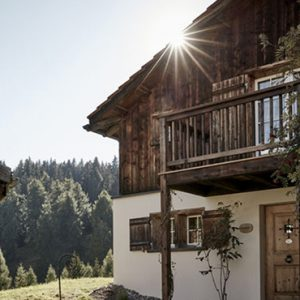 Luxury Switzerland Holiday Packages Guarda Val Mountain Pasture Hut – Stailetta Exterior