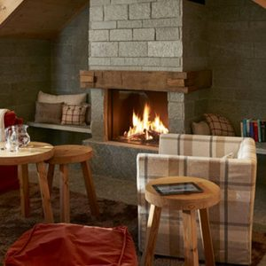 Luxury Switzerland Holiday Packages Guarda Val Mountain Pasture Hut – Stailetta Living Room