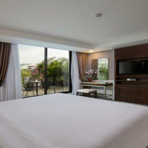 Luxury Vietnam Holiday Packages The Oriental Jade Hotel O' Presidential Suite (Lake View)
