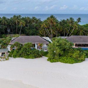 Luxury Maldives Holidays Fairmont Maldives Sirru Fen Fushi Beach Villa Exterior
