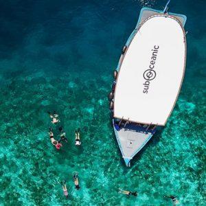 Luxury Maldives Holidays Fairmont Maldives Sirru Fen Fushi Snorkelling