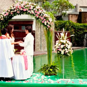 Luxury Bali Holidays FuramaXclusive Resort & Villas Wedding