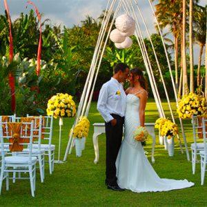 Luxury Bali Holidays FuramaXclusive Resort & Villas Wedding 1