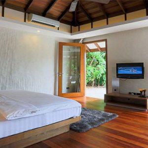 Luxury Maldives Holidays Hideaway Beach Resort Deluxe Sunset Beach Villa Pool 4