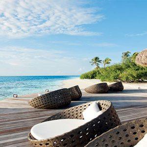 Luxury Maldives Holidays Hideaway Beach Resort Meeru Bar & Grill