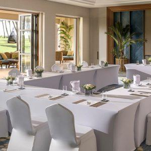 Luxury Sri Lanka Holidays Shangri La's Hambantota Golf Resort & Spa Meeting Room