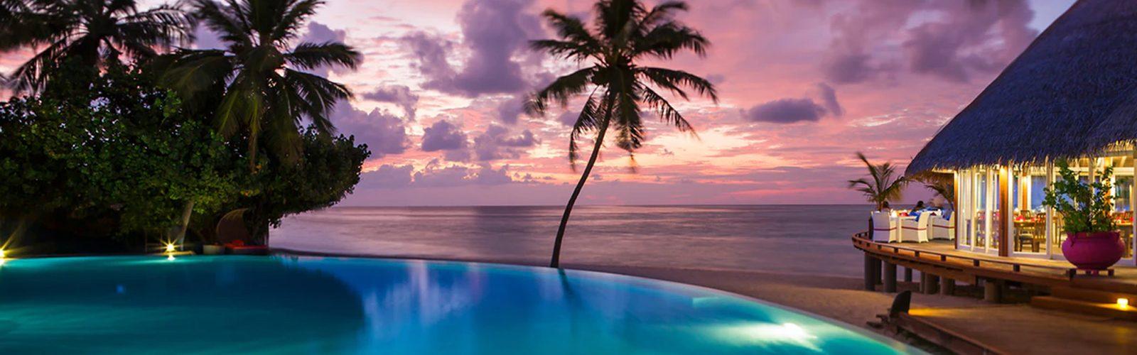 Header Simon & Debbie's Amazing Maldives Escape To Sun Aqua Vilu Reef